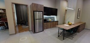 showroom-kitchen-pantry