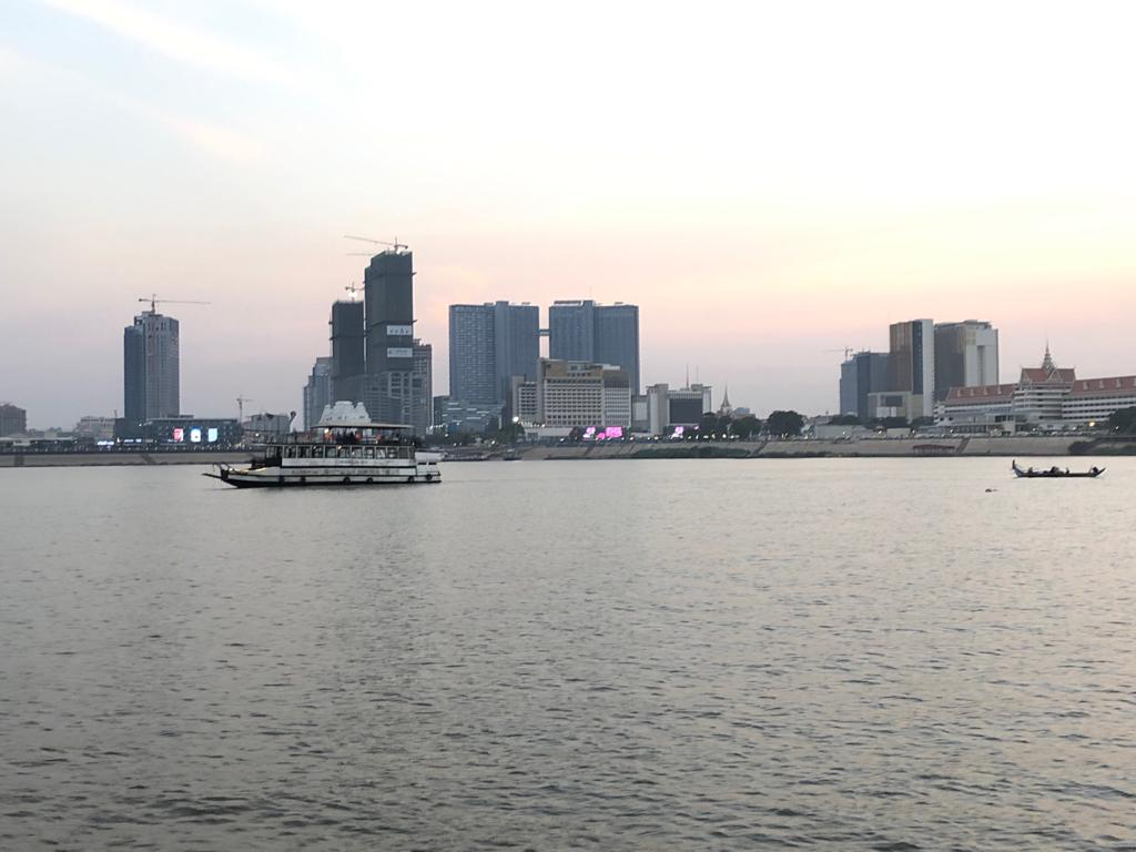 Phnom Penh best luxury condo river view